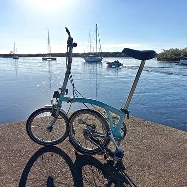 ブロンプトンは最高級の折りたたみ自転車?魅力や乗り心地を徹底解説!
