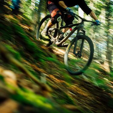 ドロッパーポストとは?自転車のシート調整アイテムの特長と使い方をご紹介!