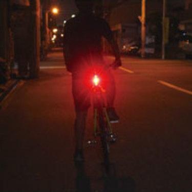 ロードバイク用テールライトおすすめ人気4選!選び方と使い方も解説!