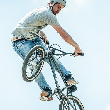 BMXってどんな自転車カテゴリー?競技の種類や自転車の選び方を解説!