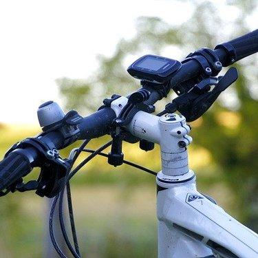 自転車カバーおすすめ3選!屋外でも丈夫で破れない・飛ばないのは?