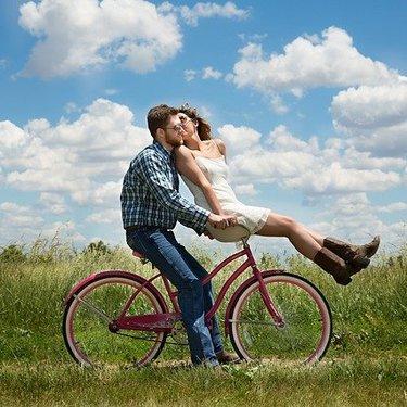 自転車サドルでお尻が痛い!考えられる原因と対策は?おすすめサドルも紹介