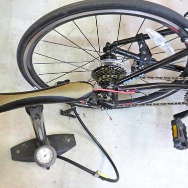 ロードバイクの空気の入れ方ガイド!おすすめのポンプも7つ紹介!