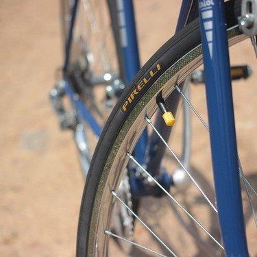 ロードバイクの空気圧はどれくらいに調整すべき?目安となる数値は?