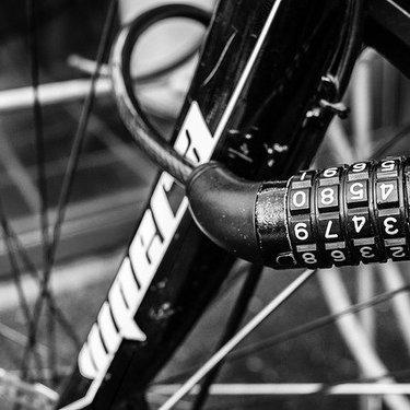 自転車のワイヤーロックおすすめ4選!盗難対策を強化するコツも解説