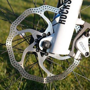 自転車用ディスクブレーキとは?メリット・デメリットや仕組みを解説!