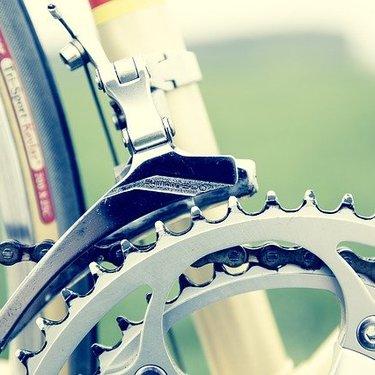 クロスバイクのブレーキ調整は重要!ワイヤー調整やパーツ交換など詳しく解説