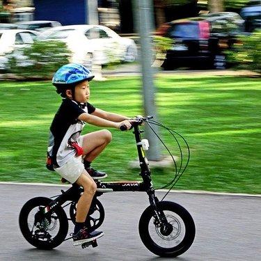 【入学祝い】小学生に喜ばれる自転車おすすめ8選【プレゼント】