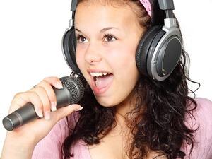 カラオケで自分の歌を録音する方法3選をご紹介!