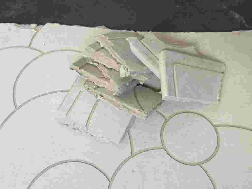 マット ゴミ 珪藻土 何 珪藻土(けいそうど)を使用した製品(バスマット、コースター等)のごみの取り扱いについて