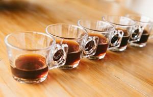 量 イン ウーロン茶 カフェ