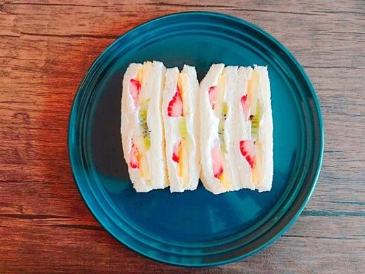 弁当 サンドイッチ お セリアのサンドイッチケースが大人気!種類や活用法をご紹介