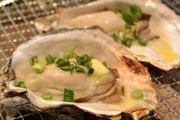 牡蠣 食べ すぎ 牡蠣の食べ過ぎはキケン?1日の個数は?栄養・カロリーはどうなる?