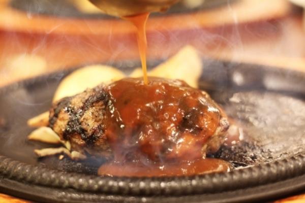 ヨシダソースがコストコで人気!気になる味やおすすめレシピ25選
