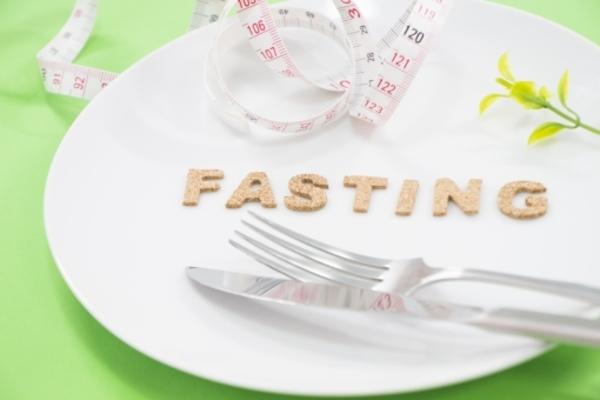 食事 の 断食 後