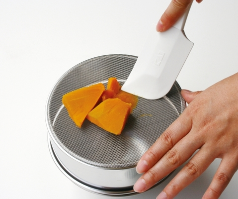 裏ごしの簡単な方法!裏ごしの意味や離乳食におすすめな裏ごし器も紹介 ...