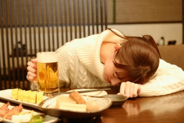 飲み物 胸焼け に 効く