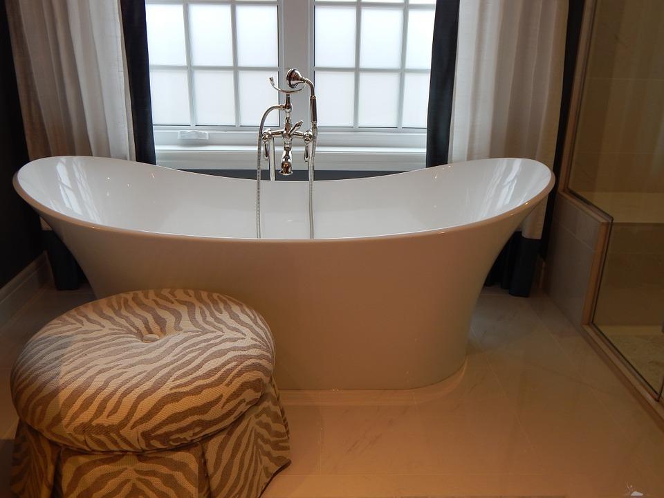 お風呂のカビ除去に使えるアイテム・掃除用具15選!便利なおすすめ品は?
