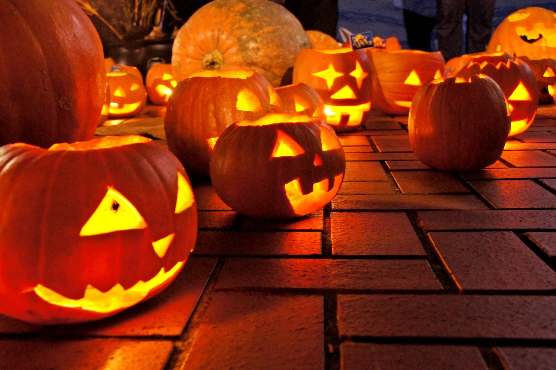 かぼちゃランプ・ランタンのDIY!上手なくりぬき方の方法・手順は?