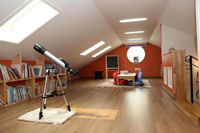 屋根裏の収納アイデア5選!リフォーム前に気になる魅力と活用アイデア術を解説!