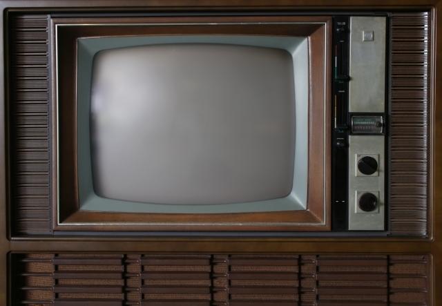 ブラウン管テレビの処分方法!費用は?無料で回収してもらう方法はある?