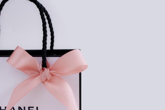 紙袋を「収納に」活用する方法!上手な実例やアイデアを12個ご紹介!