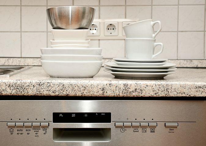 キッチンの収納を捗らせるDIY術!6つのアイデアと作り方をご紹介!