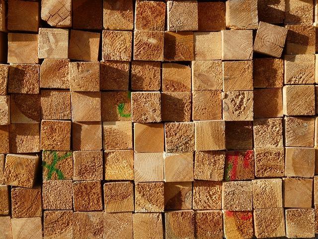 ファルカタ集成材ってどんな木材?特徴・種類やメリットをご紹介!