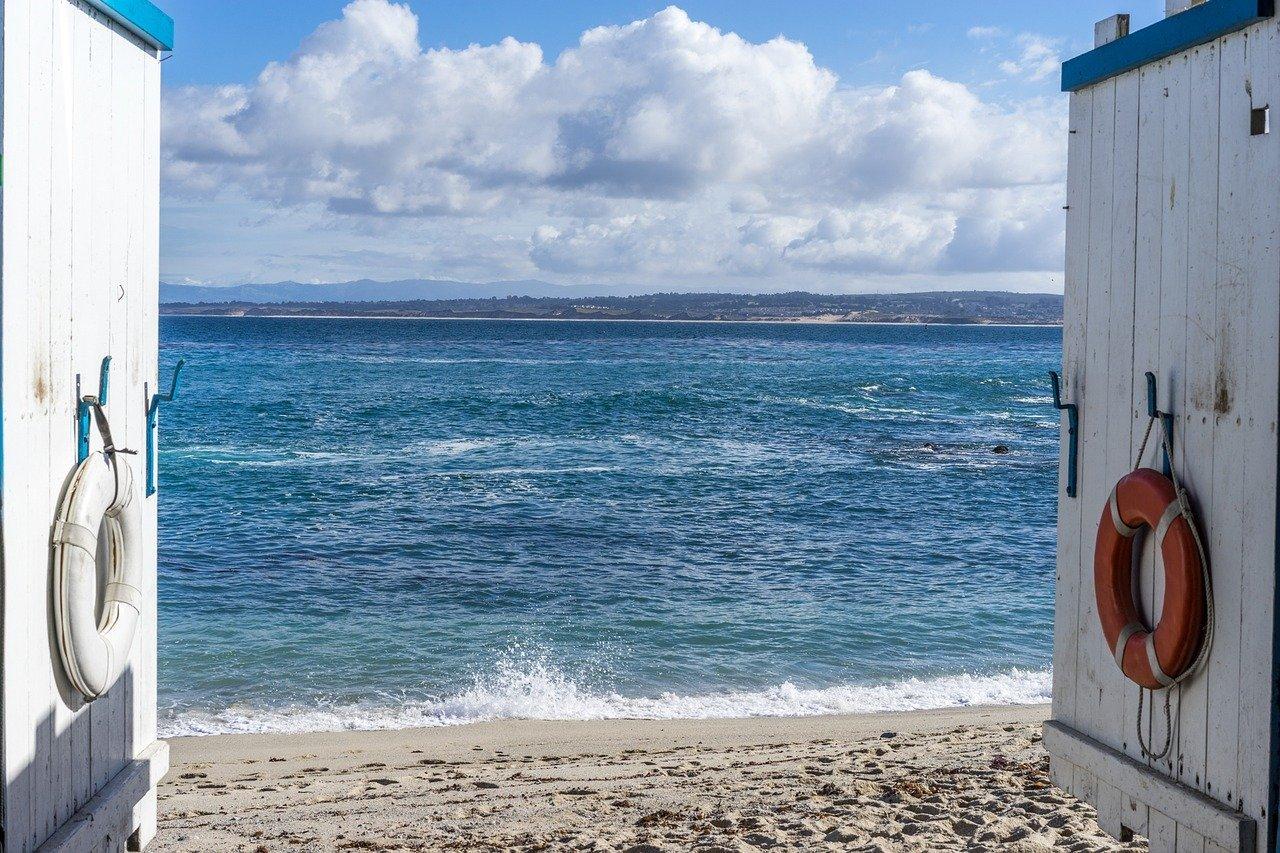 西海岸風インテリア実例14選!海やビーチを感じられる部屋作りのコツは?