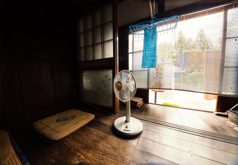 扇風機に自分で保冷剤をつけられる?自作に必要な材料・やり方を解説!