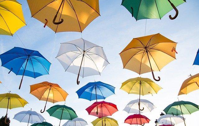 風に強い傘おすすめ9選!台風の日でも折れないような丈夫な傘はどれ?