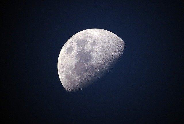月の呼び名まとめ一覧!満ち欠けとともに変化する名称を全てご紹介!