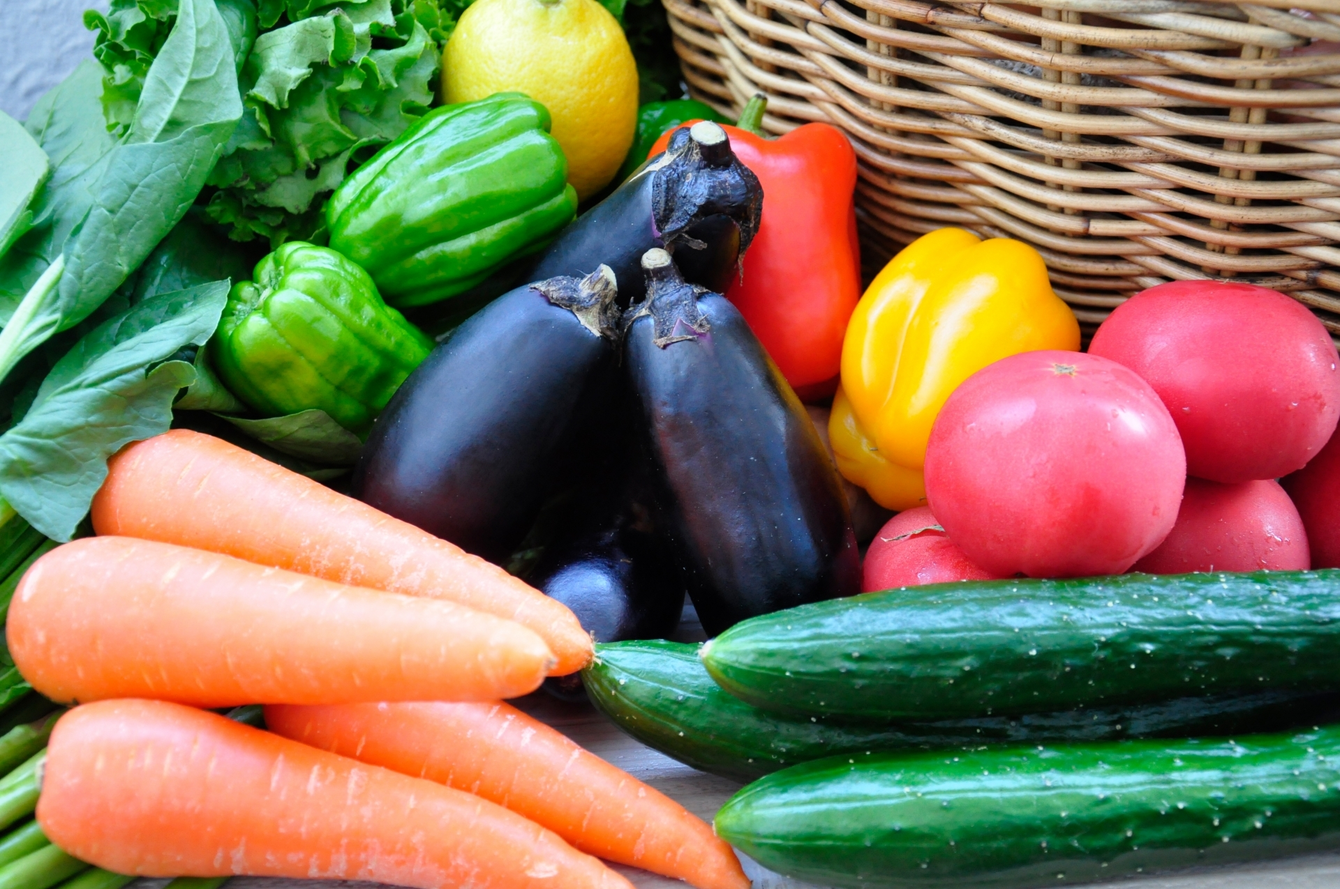 夏バテに効く食材20選!暑い夏だからこそ取り入れるべき食べ物は何?