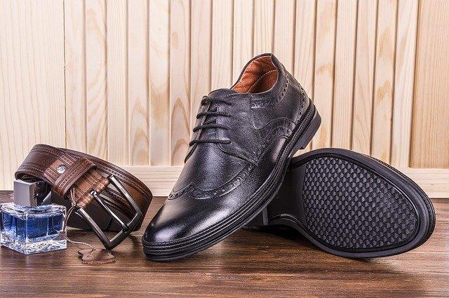 ブーツ・革靴のカビの取り方!普段の手入れの仕方など予防方法も解説!