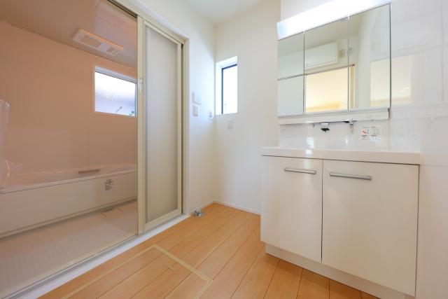 介護保険の住宅改修で床材の変更ができる!利用方法と対象となる床材の種類