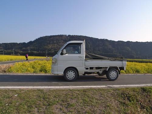 軽トラ「幌」の 自作方法を紹介!キャンプで車中泊にも使えちゃう!