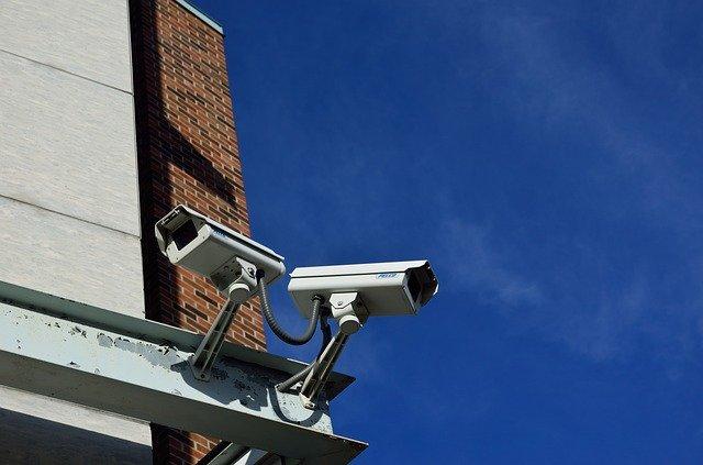 屋外防犯カメラのおすすめランキングTOP10!電源・配線不要なものは?
