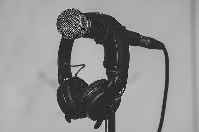 【賃貸OK】防音方法とおすすめアイテム紹介!楽器やボーカル練習に便利