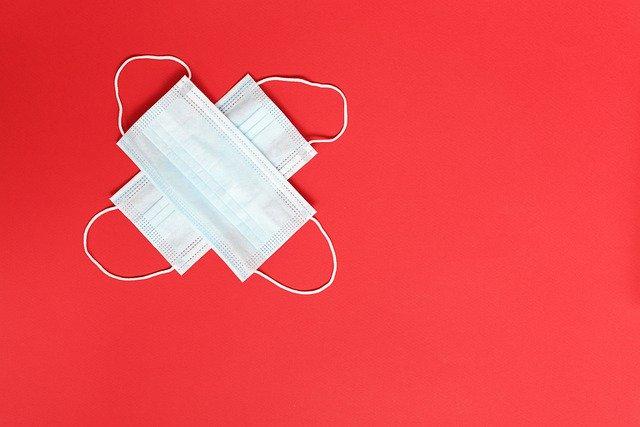 超簡単!裁縫初心者でもできる「縫わないマスク」の作り方を紹介!