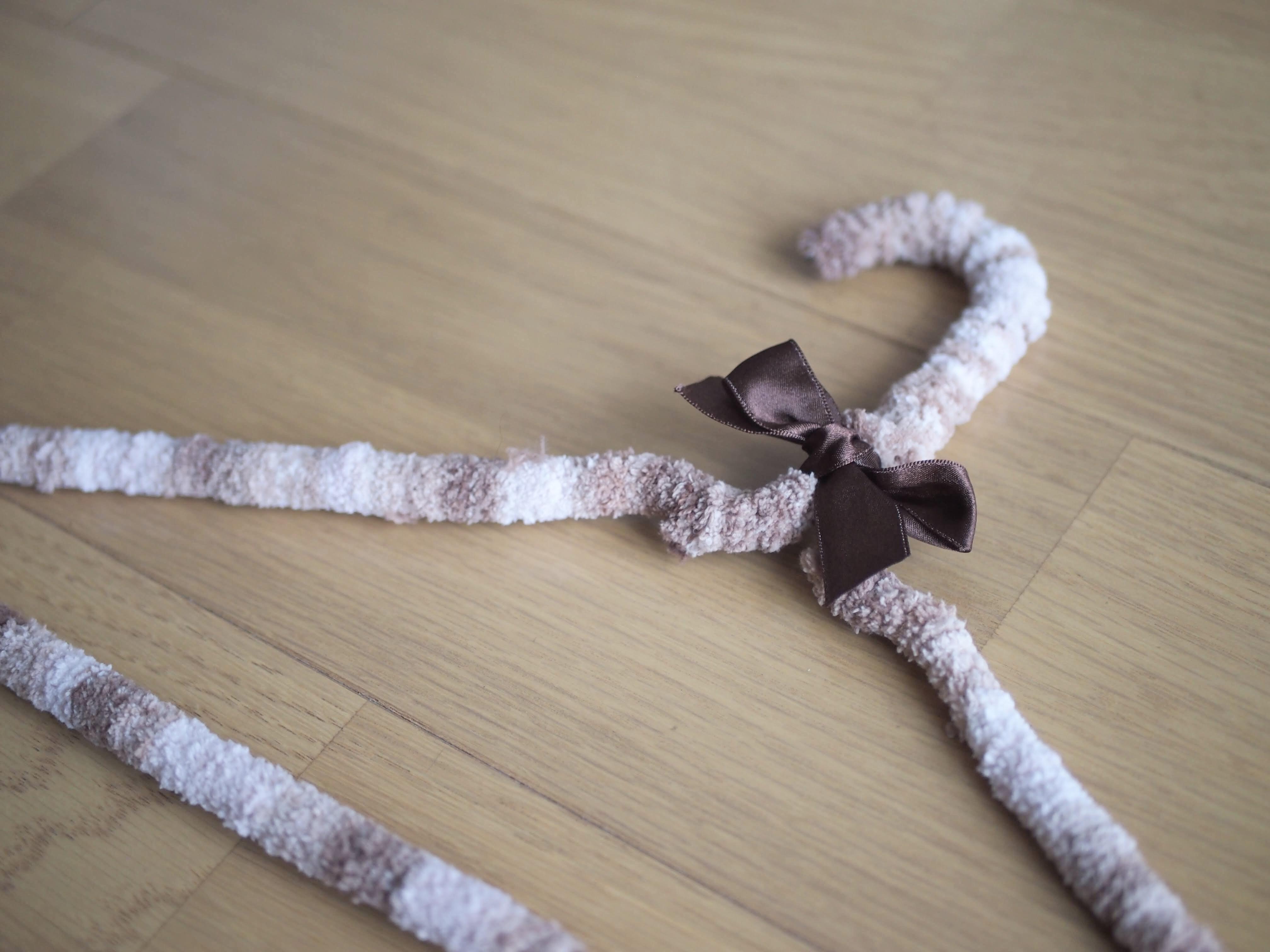 針金ハンガーに巻くだけ簡単リメイク!作り方やアイデア集をご紹介!