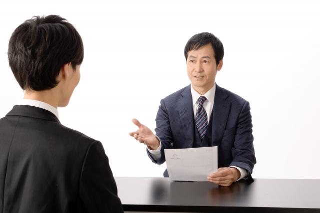 転職の面接回数は平均何回?一次から最終面接まで面接官がみるポイントを紹介!