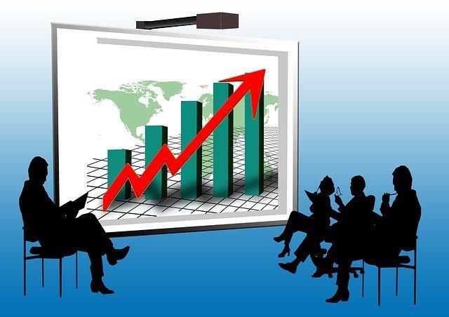 【2021年版】転職で年収アップを実現させる方法は?4つの方法や上がりやすい業界・職種を公開