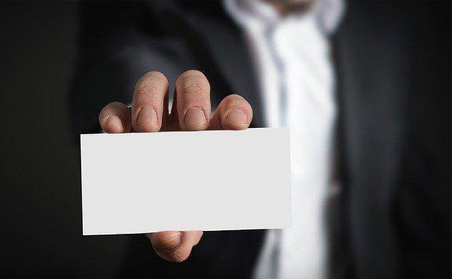 【2021】公務員の平均年収は?年齢別・職種別で調査!都道府県ランキングも!