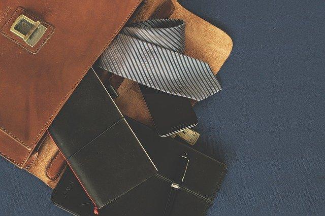 転職の面接で必要な持ち物10選!必須な持ち物から便利なものまで解説!