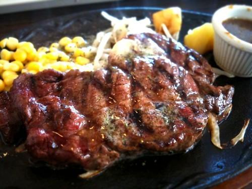 沖縄のおすすめステーキランキング!高級・安いなど種類別に人気の37店を紹介!