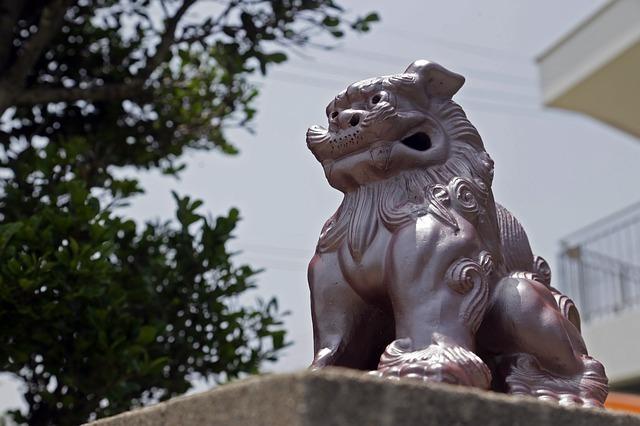 沖縄の人気パワースポット33選!神社や滝など恋愛・金運・子宝にご利益?