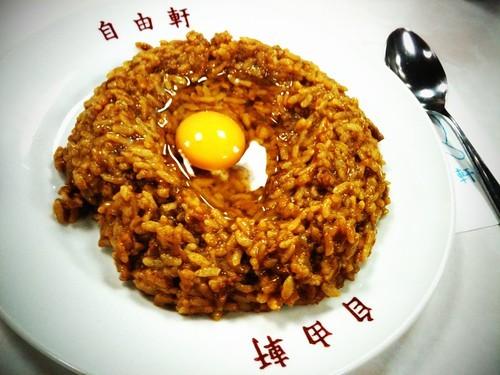 大阪自由軒の名物カレーを味わおう!その他のおすすめメニューは?