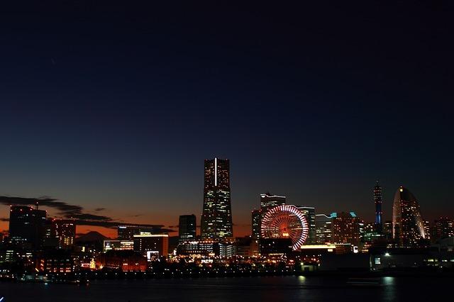 神奈川で人気の夜景スポット21選!ドライブ&デートにおすすめの場所は?