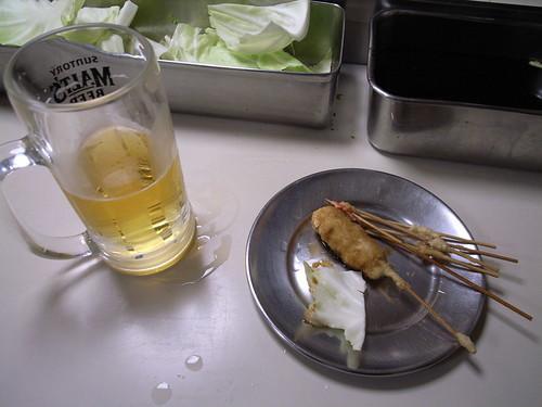 大阪の元祖串カツ「だるま」で本場の味を楽しむ!おすすめ絶品メニューは?