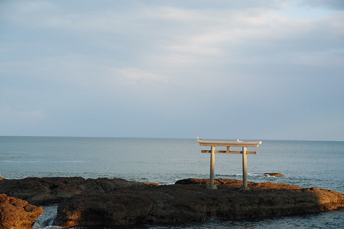 大洗磯前神社は絶景のパワースポット!神秘的な鳥居や御朱印帳・ご利益は?